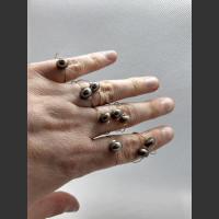 Prsten šedá říční perla.