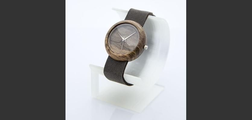 Dřevěné hodinky Jas Ořech V.Č.: 00163