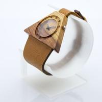 Dřevěné hodinky Lucerna Slivoň Bluma - V.Č.: 00198