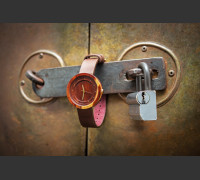Dřevěné hodinky Excelsior Švestkové - V.Č.: 00051