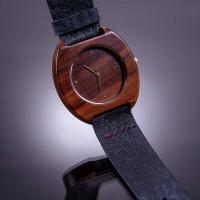 Dřevěné hodinky Avia Švestkové - V.Č.: 00100