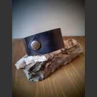 216. Náramek Měsíční kámen, Kůže, Ořechové dřevo
