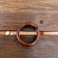 88. Prsten z Jaspisu hnědého, upevní soustředění.