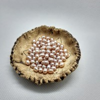 83. Prsten růžová říční perla.