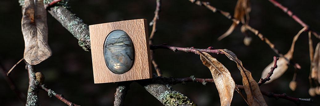 Dřevo a kámen