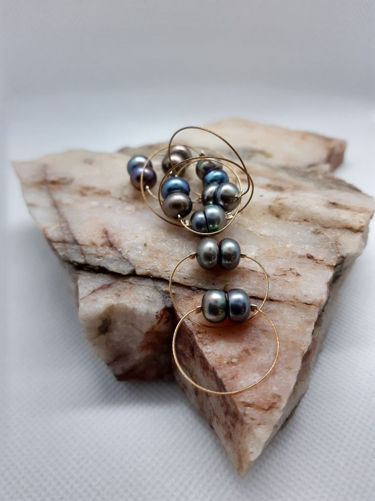 Prsten s říčními perlami