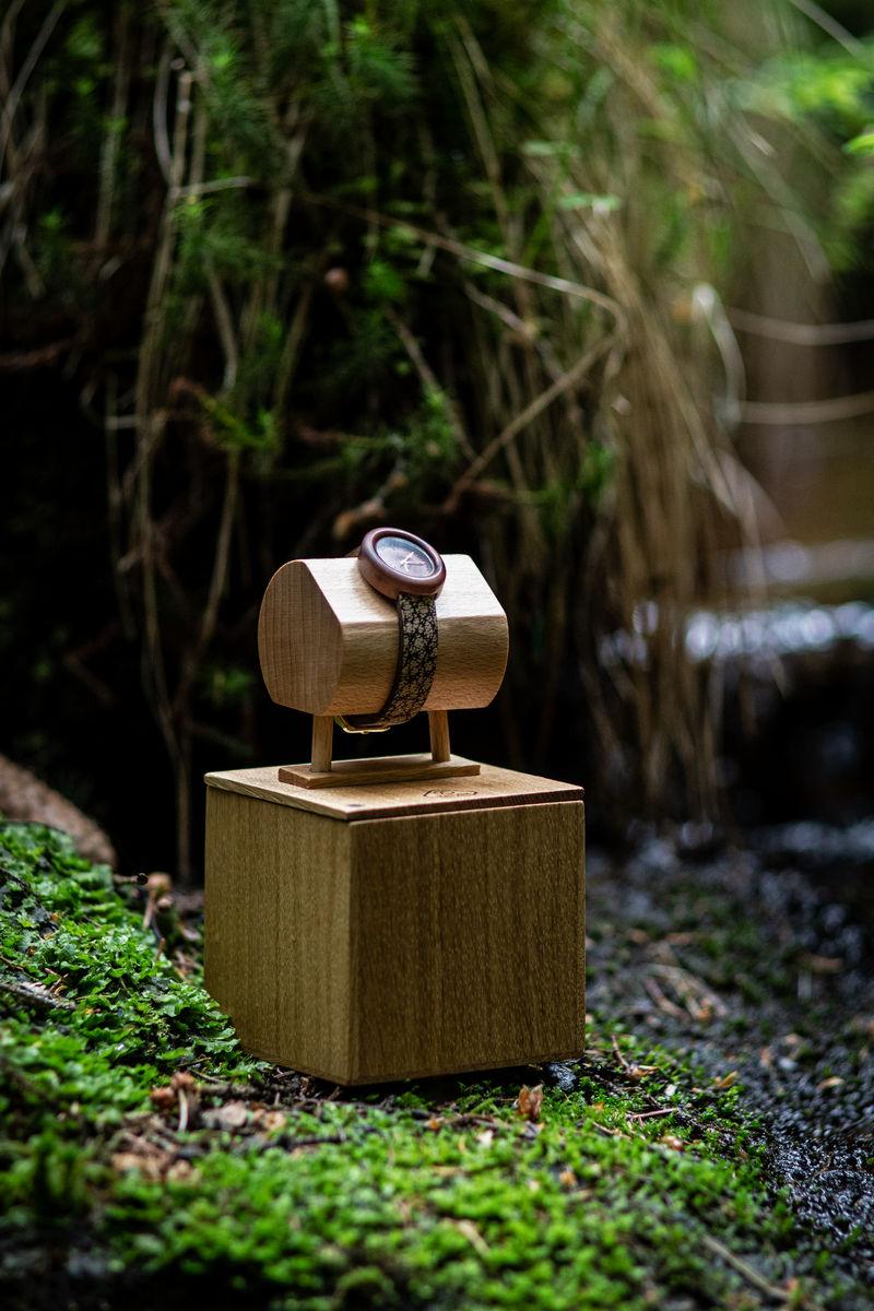 """Dřevěné hodinky model """"Empire"""" - Švestka"""