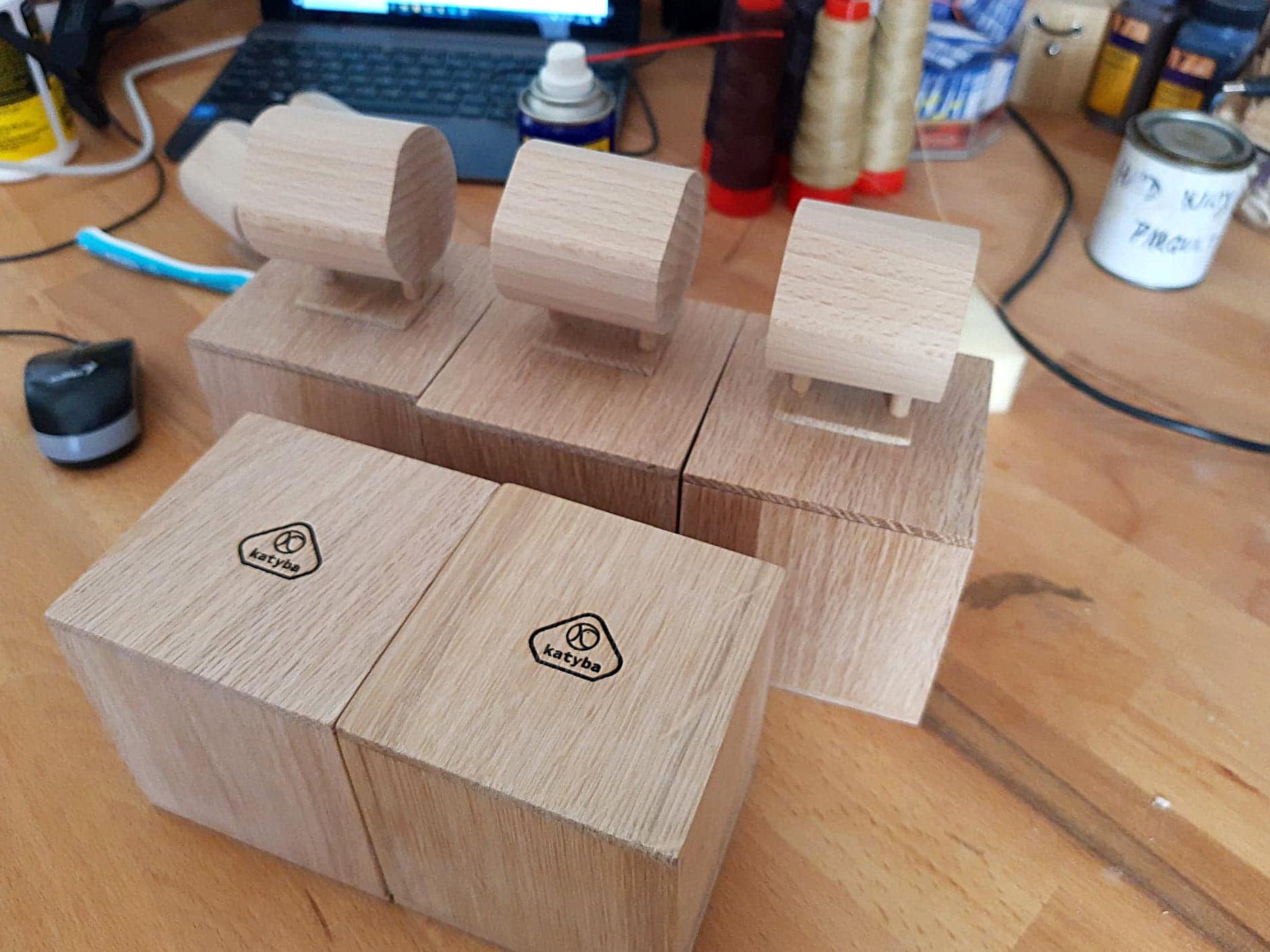 Krabičky na dřevěné hodinky